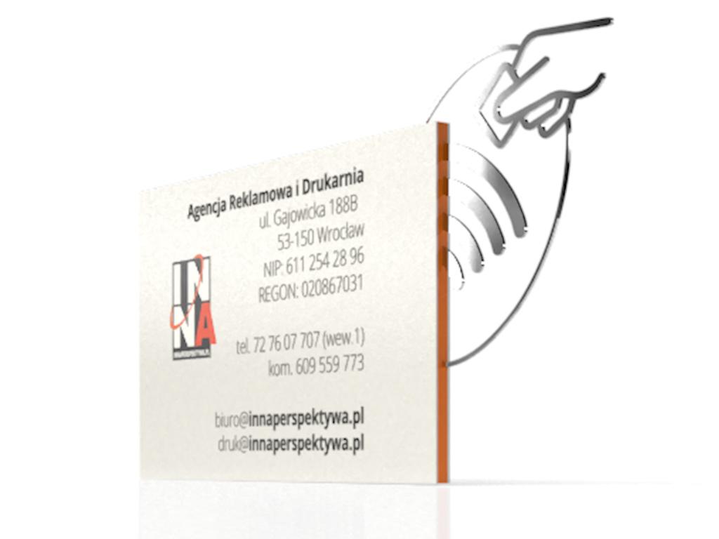 wizytówki wielowarstwowe z nfc kolorowe w środku